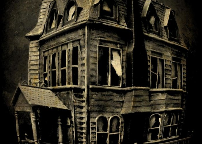 Psycho Mansion Greeting Card featuring the photograph Psycho Mansion by John Malone