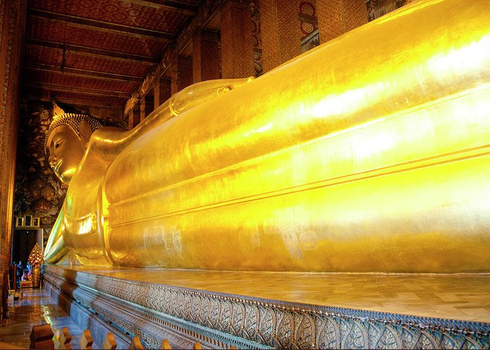 Statue Greeting Card featuring the photograph Reclining Buddha, Wat Pho by Leontura