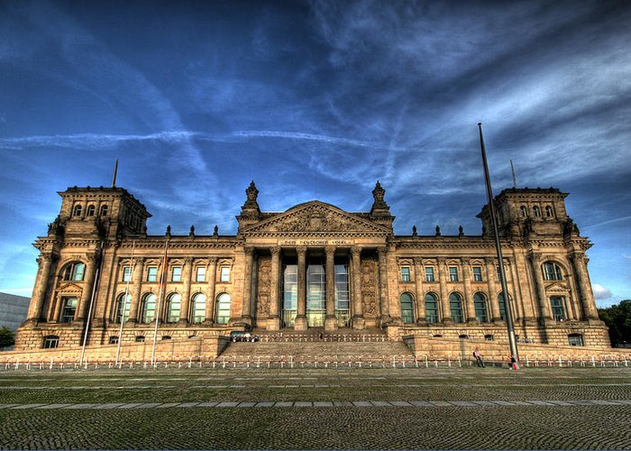 Hdr Greeting Card featuring the photograph Reichstag by John Keyser