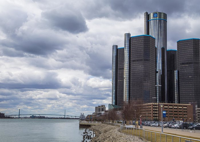 Detroit Greeting Card featuring the photograph Renaissance Center by John McGraw