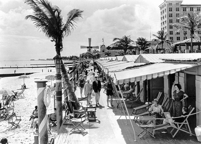 1925 Greeting Card featuring the photograph Roney Plaza Cabana Sun Club by Underwood & Underwood