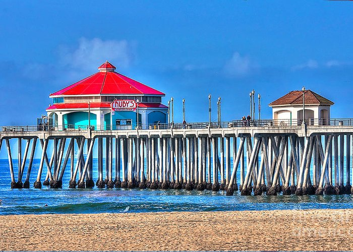 Ruby's Surf City Diner Greeting Card featuring the photograph Ruby's Surf City Diner - Huntington Beach Pier by Jim Carrell