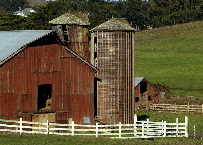 Barn Greeting Card featuring the photograph Rural Barn by Bill Gallagher