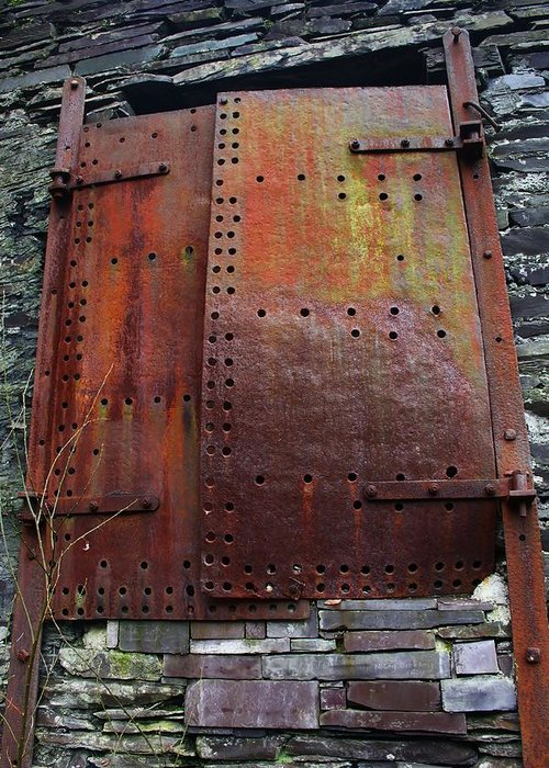 Rust Greeting Card featuring the photograph Rusted by Mo Barton