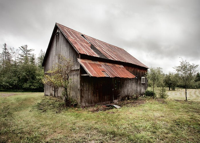 Old Barn Greeting Card featuring the photograph Rusty Tin Roof Barn by Gary Heller