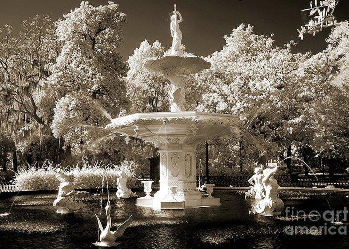 Savannah Dreamy Fountain Park Scene Greeting Cards