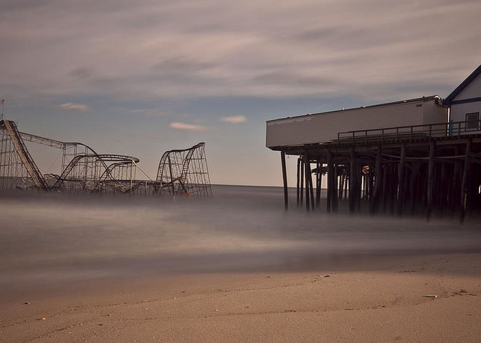 Richard Zoeller Greeting Card featuring the photograph Seaside Carnage by Richard Zoeller