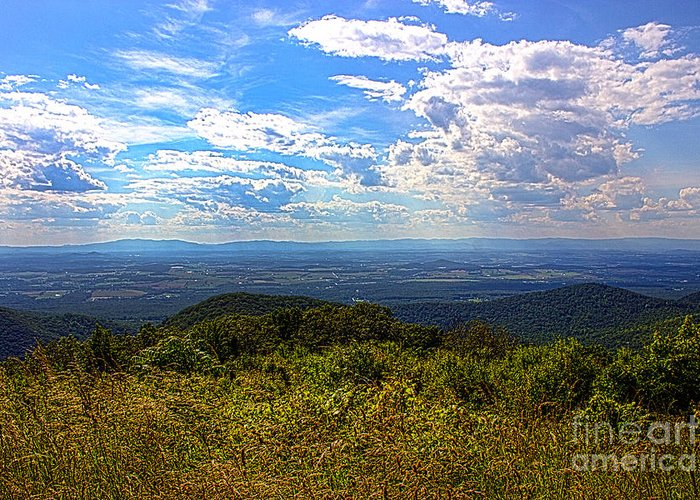 Nature Greeting Card featuring the photograph Shenandoah Valley by Tom Gari Gallery-Three-Photography