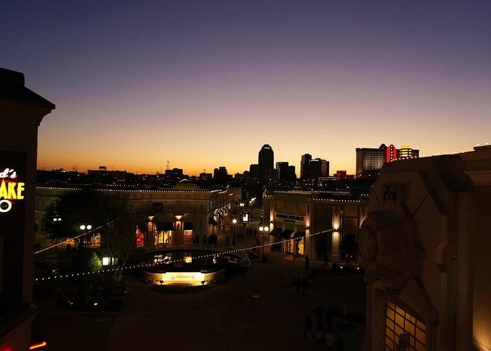 Shreveport Greeting Card featuring the photograph Shreveport Skyline by Darrell Clakley