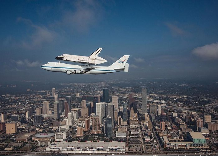 Space Shuttle Greeting Card featuring the photograph Space Shuttle Endeavour Over Houston Texas by Movie Poster Prints