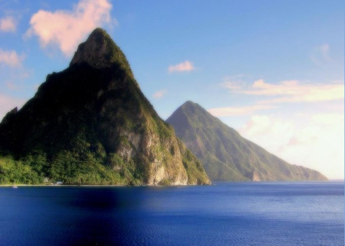 Piton Mountains Greeting Card featuring the photograph Splendor by Karen Wiles