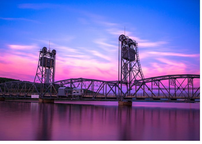 Designs Similar to Stillwater Lift Bridge