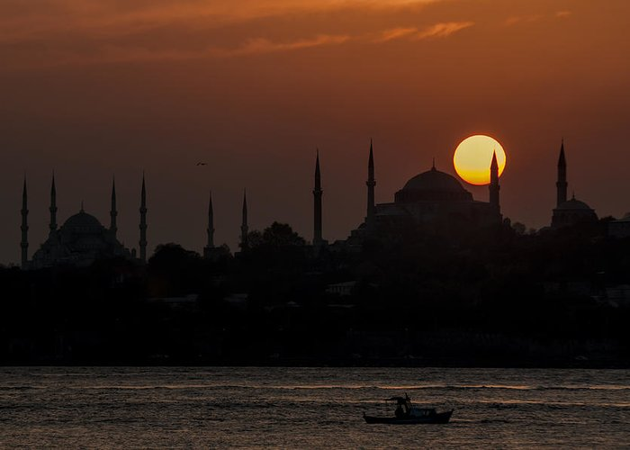 Turkey Greeting Card featuring the photograph Sunset At Historical Peninsula In Istanbul by Ayhan Altun
