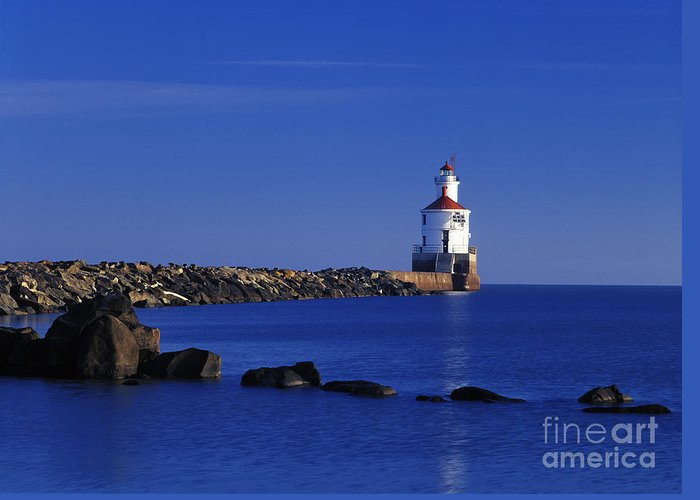 Wisconsin Greeting Card featuring the photograph Superior South Lighthouse - Fm000036 by Daniel Dempster