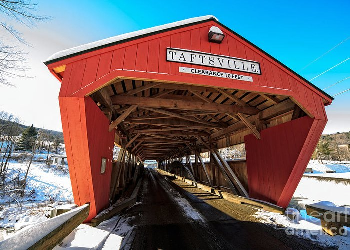 Span Greeting Card featuring the photograph Taftsville Covered Bridge In Vermont In Winter by Edward Fielding