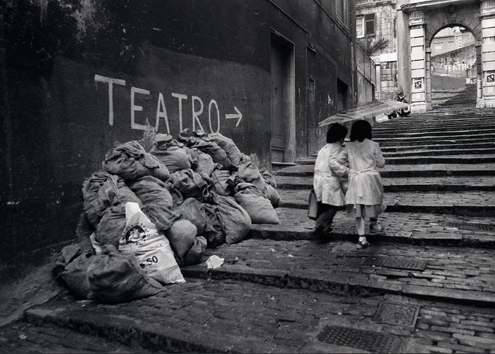 Young Greeting Card featuring the photograph Teatro by Bernard Barcos