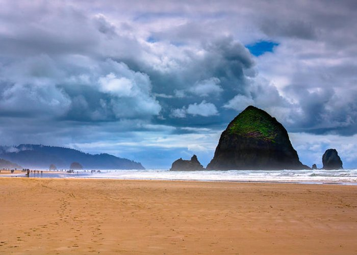 Cannon Beach Greeting Card featuring the photograph The Beautiful Cannon Beach by David Patterson