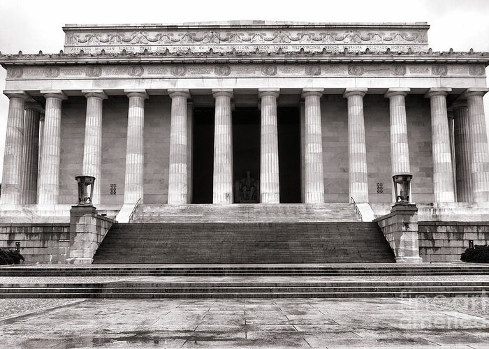 Washington Greeting Card featuring the photograph The Lincoln Memorial by Olivier Le Queinec