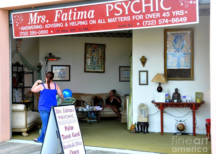 Greeting Card featuring the photograph The Psychic Down The Shore by Sue Rosen