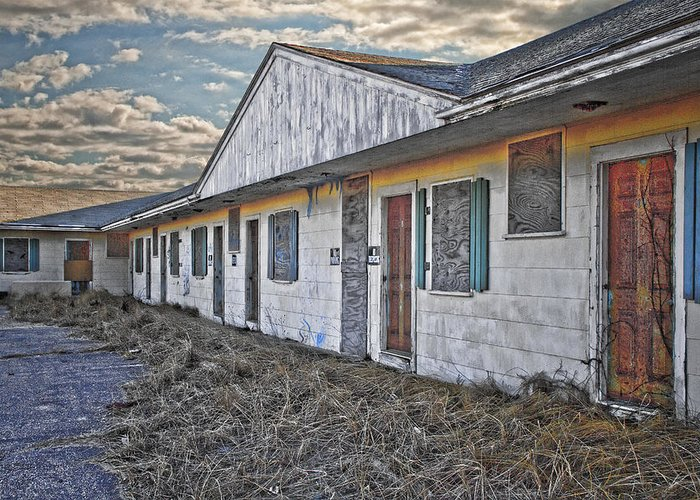 Hdr Greeting Card featuring the photograph Truro Motel by Mikael Carstanjen