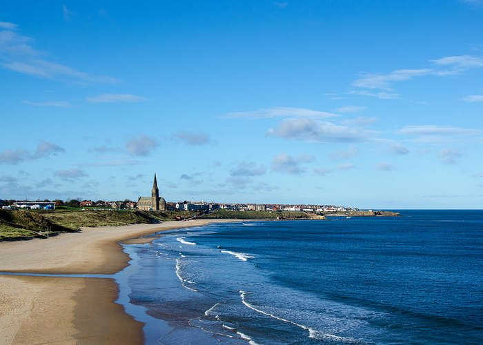 Tynemouth Greeting Card featuring the photograph Tynemouth Longsands by Paul Martin