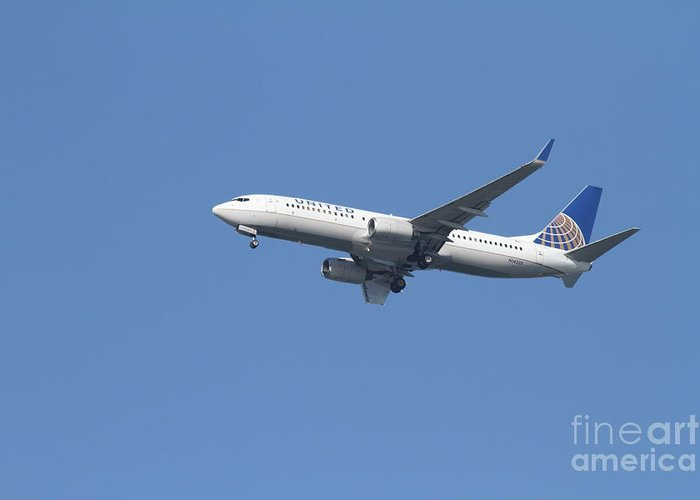 Transportation Greeting Card featuring the photograph United Airlines Jet 7d21942 by Wingsdomain Art and Photography