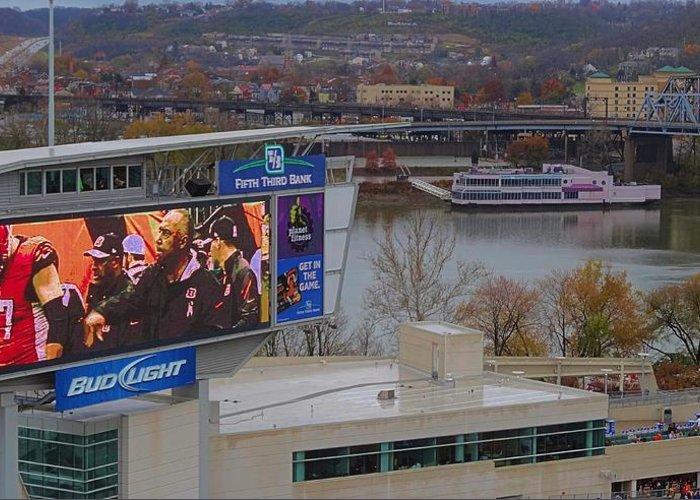 View Of Cincinnati Greeting Card featuring the photograph View Of Cincinnati by Dan Sproul