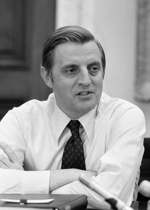 Mondale Greeting Cards