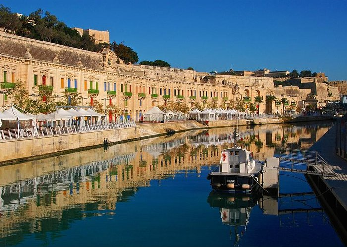 Blue Greeting Card featuring the photograph Reflect In Valletta Malta by David Coleman