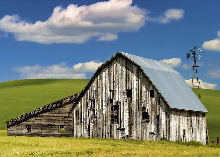Barn Greeting Card featuring the photograph Weathered Barn Palouse by Carol Leigh
