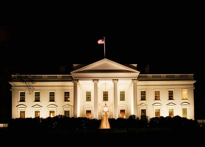 White House Greeting Card featuring the photograph White House At Night by David Kay