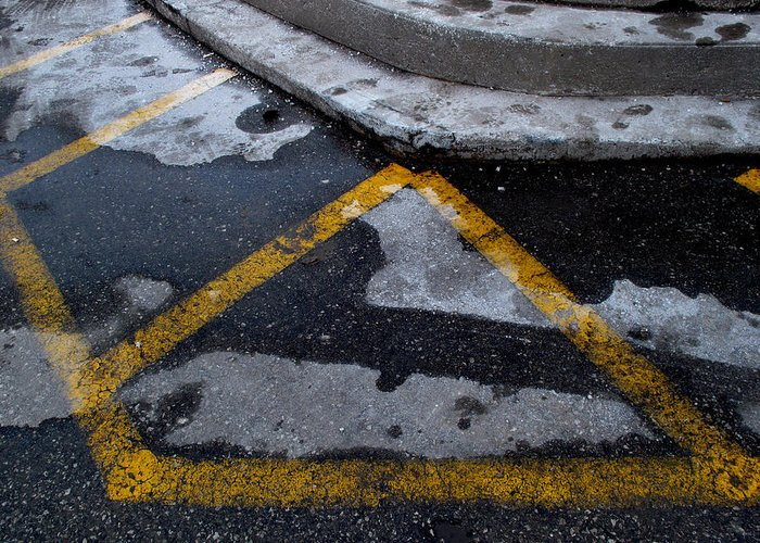 Abstract Greeting Card featuring the photograph Yellow Lines 2 by Lyle Crump
