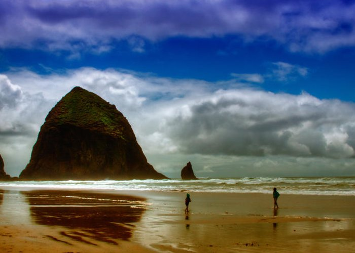 Cannon Beach Greeting Card featuring the photograph Cannon Beach At Dusk by David Patterson