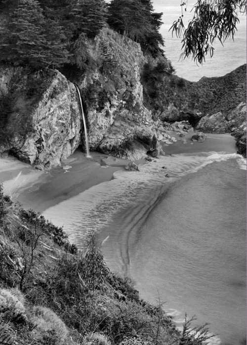 Mcway Falls Greeting Card featuring the photograph Mcway Falls - Big Sur by Stephen Vecchiotti