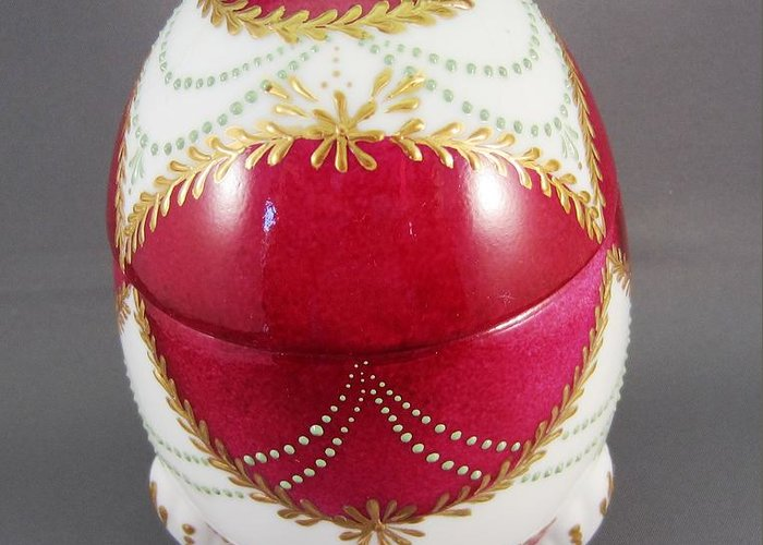 Porcelain Greeting Card featuring the ceramic art 1543 Footed Egg Box Dark Pink by Wilma Manhardt