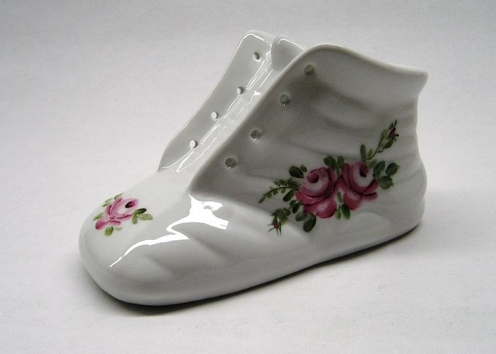 Porcelain Greeting Card featuring the ceramic art 1705 Baby Shoe Pink Roses by Wilma Manhardt