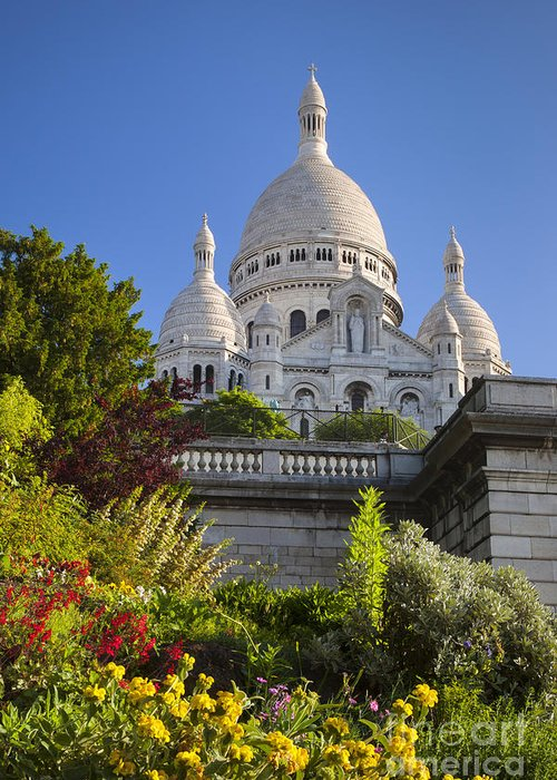 Architectural Greeting Card featuring the photograph Basilique Du Sacre Coeur by Brian Jannsen