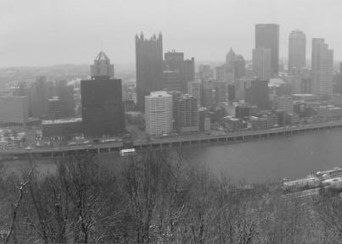 Pittsburgh Pennsylvania Greeting Card featuring the photograph A Pittsburgh Winter Day by David Bearden