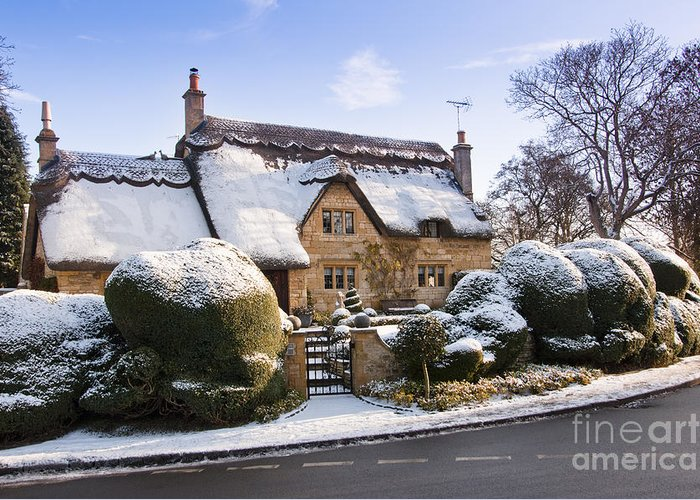 Britain Greeting Card featuring the photograph A Thatched Cottage In The Cotswolds by Andrew Michael