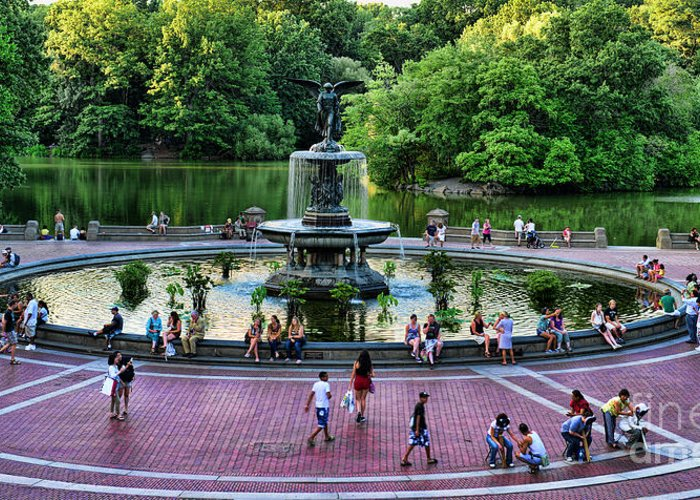Bethesda Fountain Greeting Card featuring the photograph Bethesda Fountain Overlooking Central Park Pond by Paul Ward
