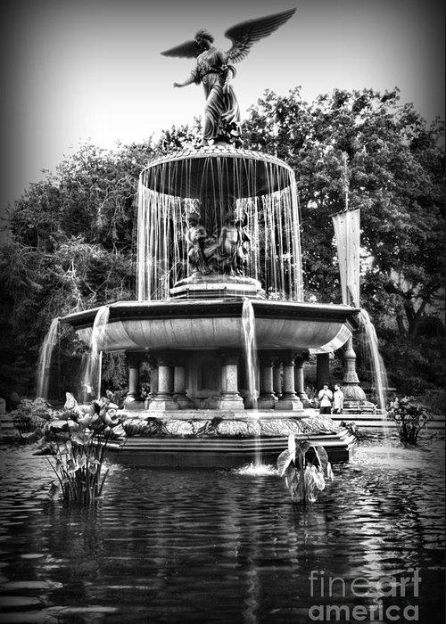 Bethesda Fountain Greeting Card featuring the photograph Bethesda Fountain by Paul Ward