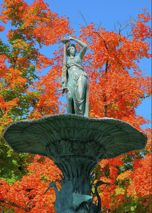 Sculpture Greeting Card featuring the photograph Broadway Fountain I by Steven Ainsworth