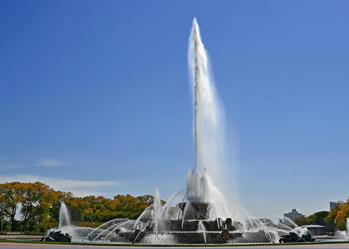 Clarence Greeting Card featuring the photograph Buckingham Fountain - Chicago's Iconic Landmark by Christine Till