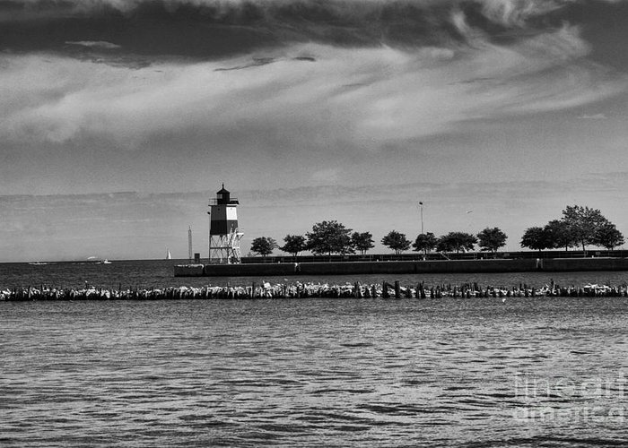 Chicago Greeting Card featuring the photograph Chicago Lighthouse by Leslie Leda