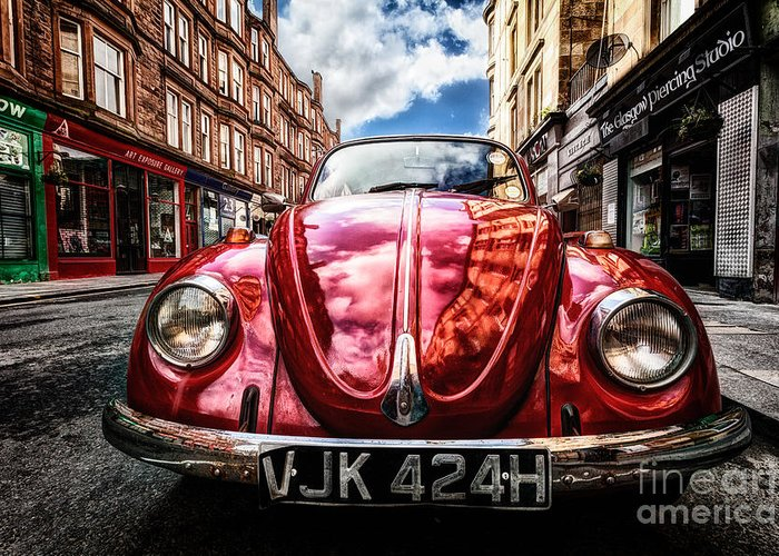 Hdr Greeting Card featuring the photograph Classic Vw On A Glasgow Street by John Farnan