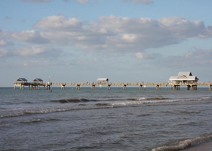 Clearwater Greeting Card featuring the photograph Clearwater Pier 69 by Christiane Schulze Art And Photography