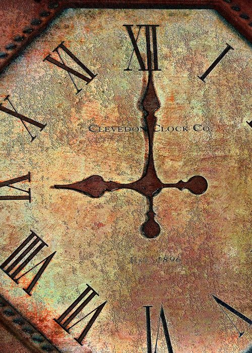 Time Greeting Card featuring the photograph Clevedon Clock by Robert Smith