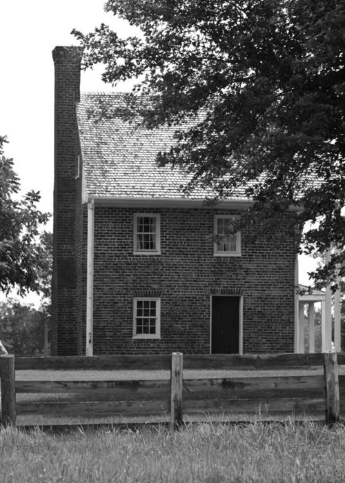 Appomattox Greeting Card featuring the photograph Clover Hill Tavern Guesthouse Bw by Teresa Mucha