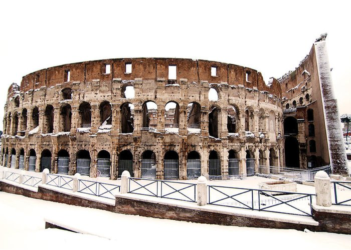 Colosseum Greeting Card featuring the photograph Colosseum by Fabrizio Troiani
