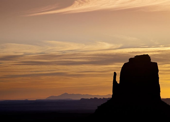 Dawn Greeting Card featuring the photograph Dawn In The West by Andrew Soundarajan